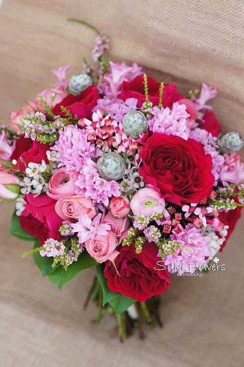 庭園玫瑰風信子十字花臘梅鮮花花球