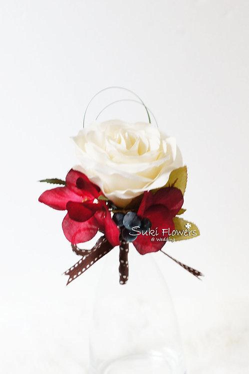 白玫瑰繡球果子襟花