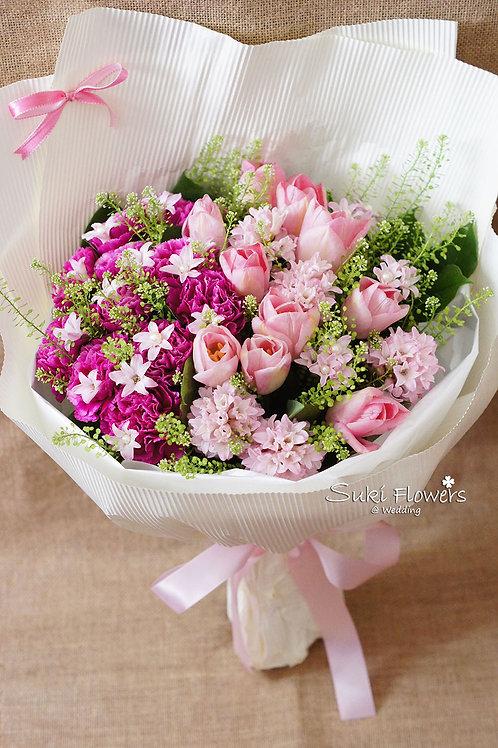風信子鬱金香康乃馨鮮花花束