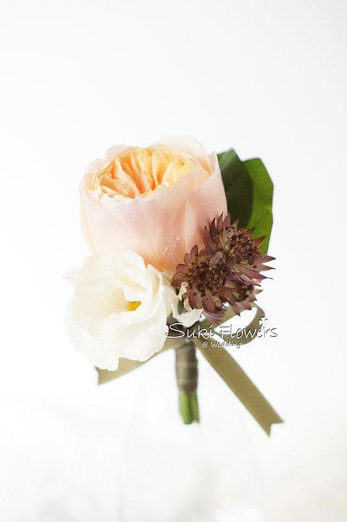 庭園玫瑰桔梗鮮花襟花