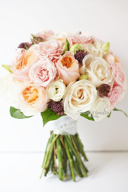庭園玫瑰小玫瑰桔梗鮮花花球