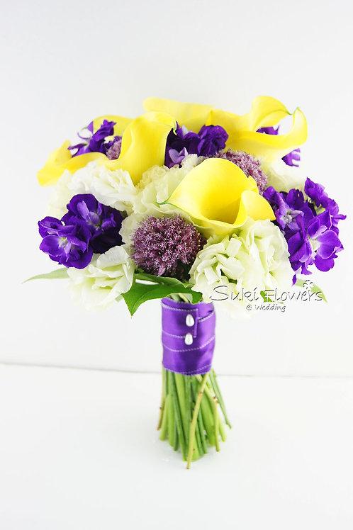 黃色馬蹄蘭洋蔥球麝香桔梗鮮花花球