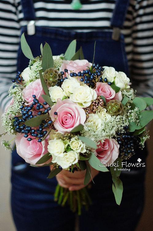 淺粉玫瑰松蟲草果小玫莢蒾鮮花花球