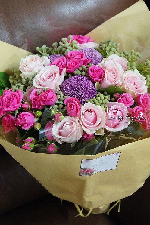 粉紅玫瑰乒乓菊鮮花花束
