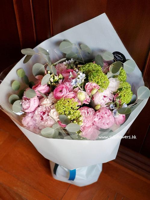 牡丹藍星花鮮花花束