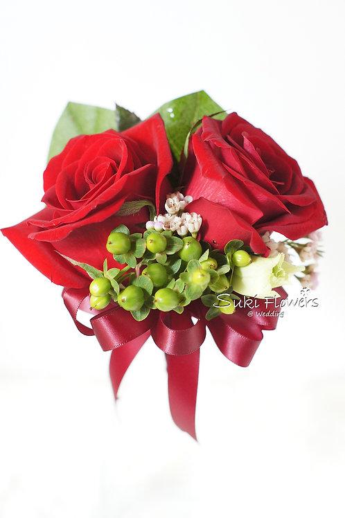 兩頭紅玫瑰綠豆鮮花襟花