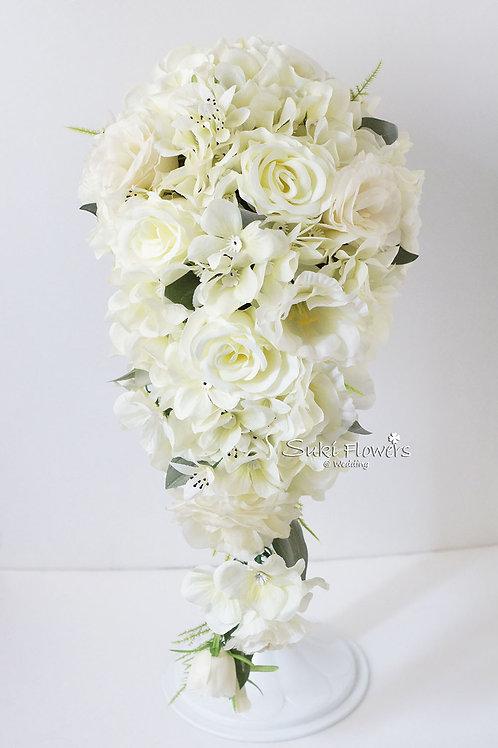 白玫瑰桔梗繡球拖尾絲花花球