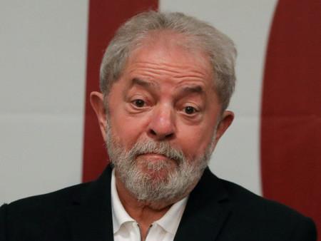 """EM SÃO LUIZ, LULA FALA EM REGULAÇÃO DA MÍDIA, """"URGENTEMENTE"""""""