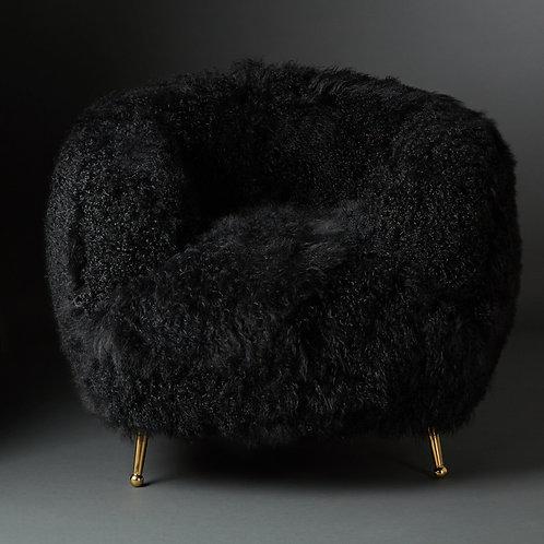 Club Chair Tibet Lammfell, black