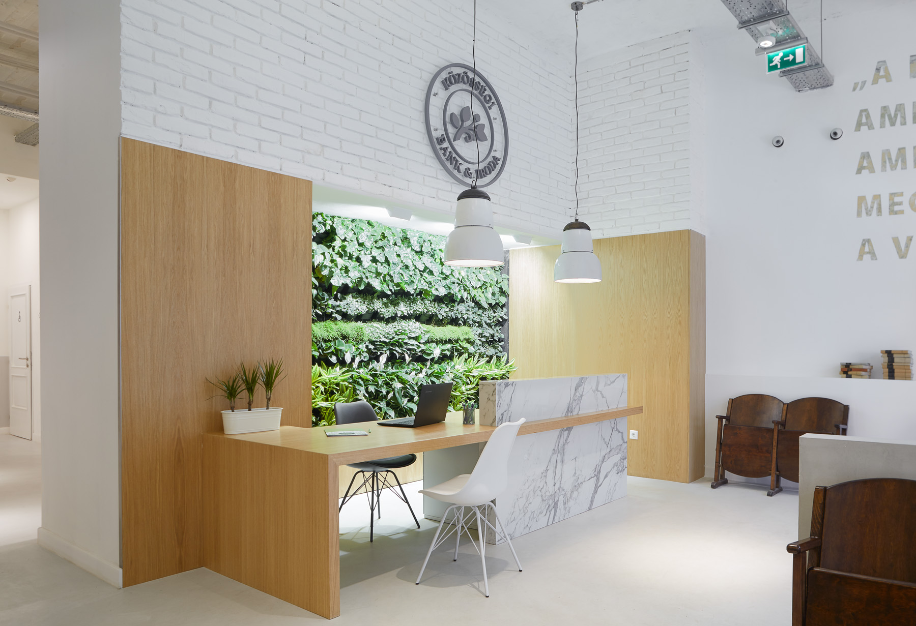 magnet bank and coworking