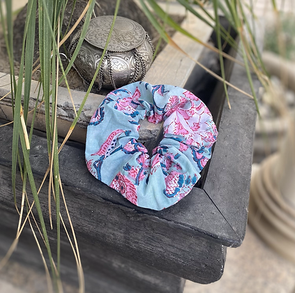 Blue ocean scrunchie ~~