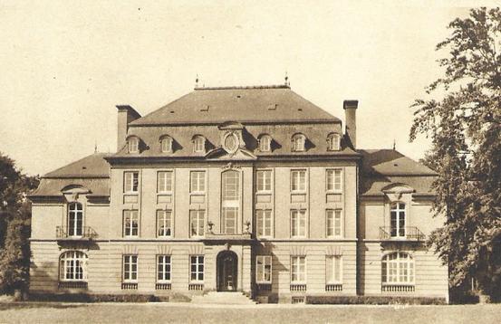 Château de Bétange façade principale