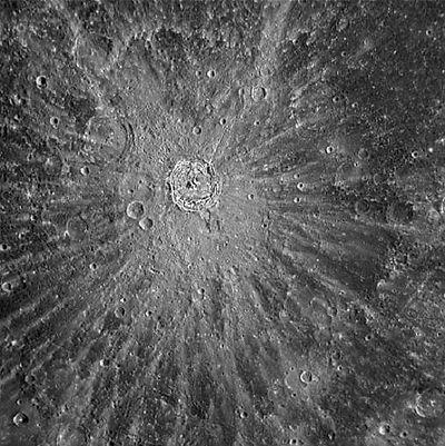 Krater mit Strahlen - Tycho.jpg