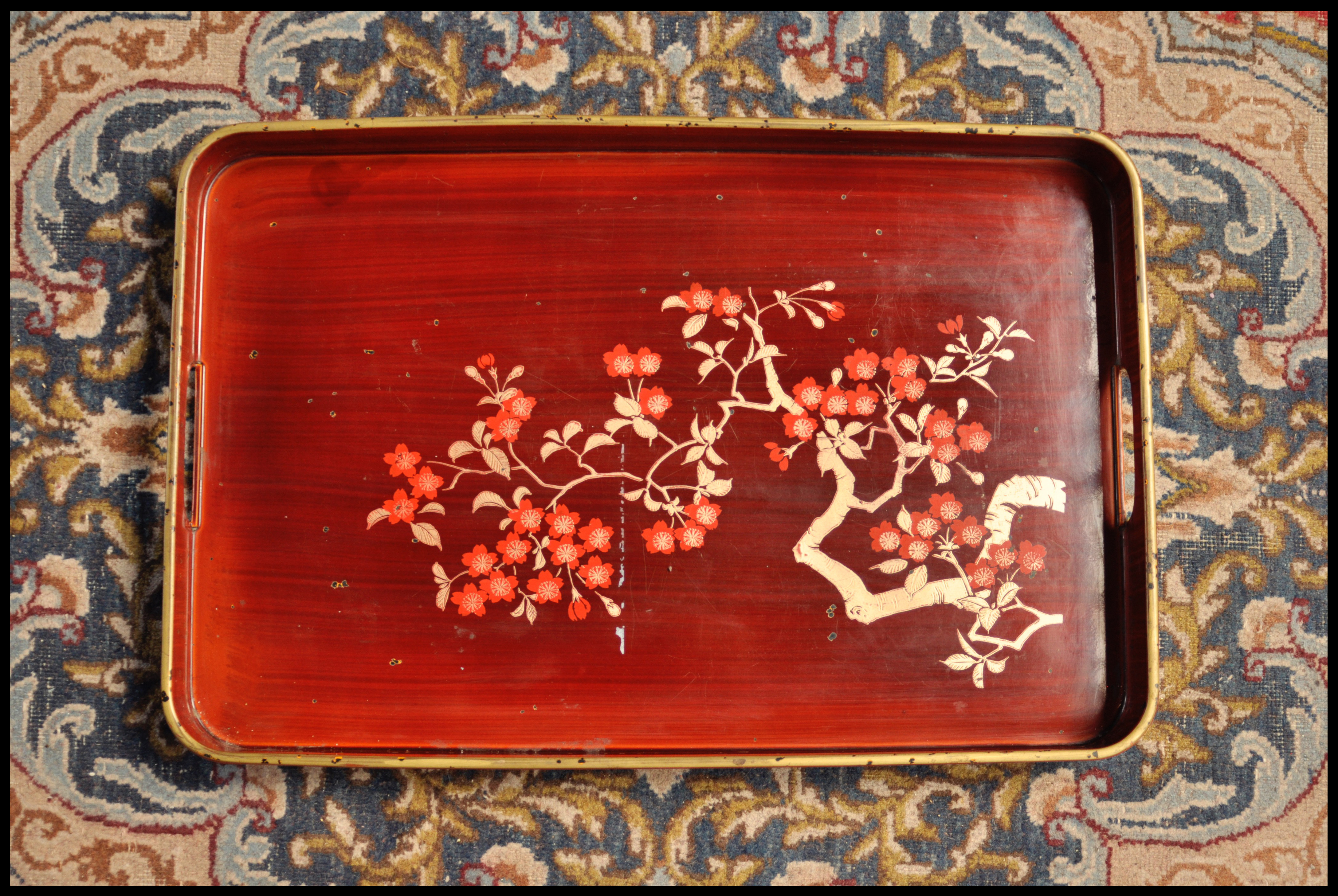 tray 4