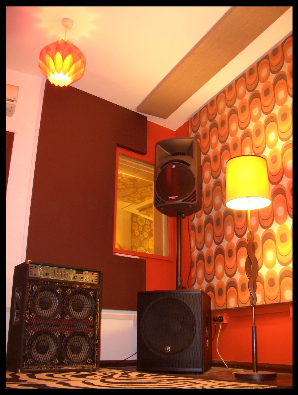 live room 5
