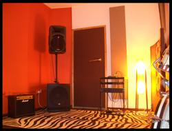 live room 6