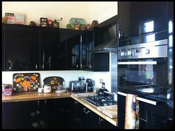 Kontiki south kitchen 01 .jpg
