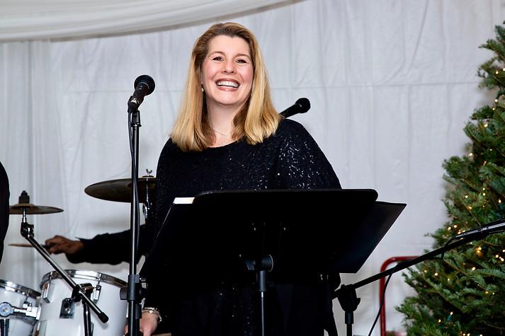 Singer Kathleen McNally from Allen Reynolds Band