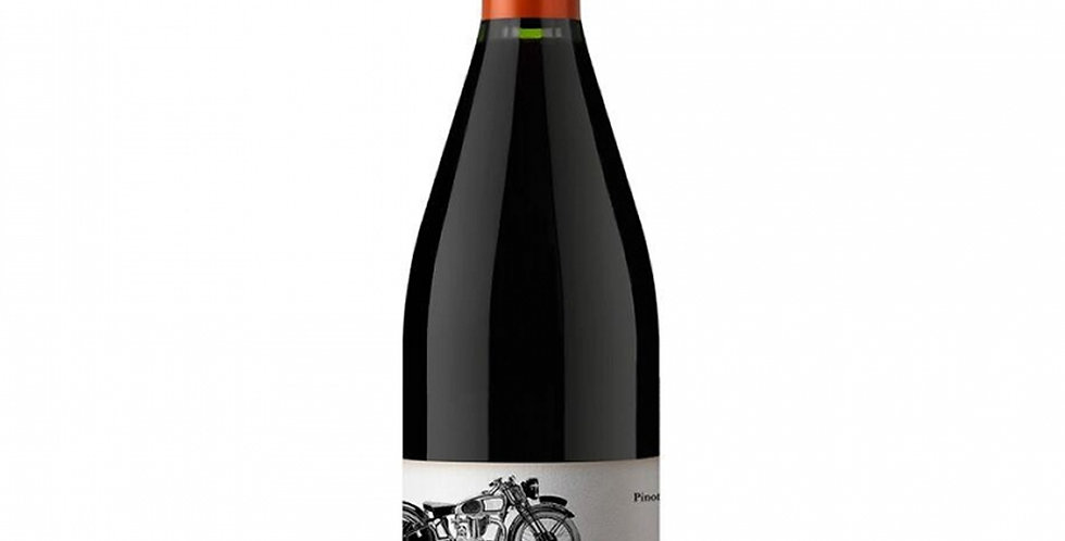 La Poderosa Pinot Noir 750cc