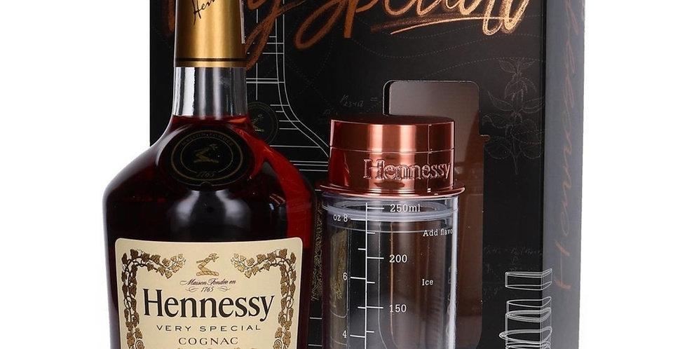 Cognac Hennessy Very Special 700cc + Shaker EDICIÓN LIMITADA