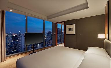 HRB_ExecutiveSuite_Bedroom_LowRes.jpg