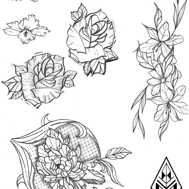 ours ornemental tatouage illustration Nantes Black project tattoo tatouage homme tatoueur français tattoo flash fleurs tatouage de rose dessin de roses dessin de pivoines hibiscus lys tatouage barroque tattoo flowers