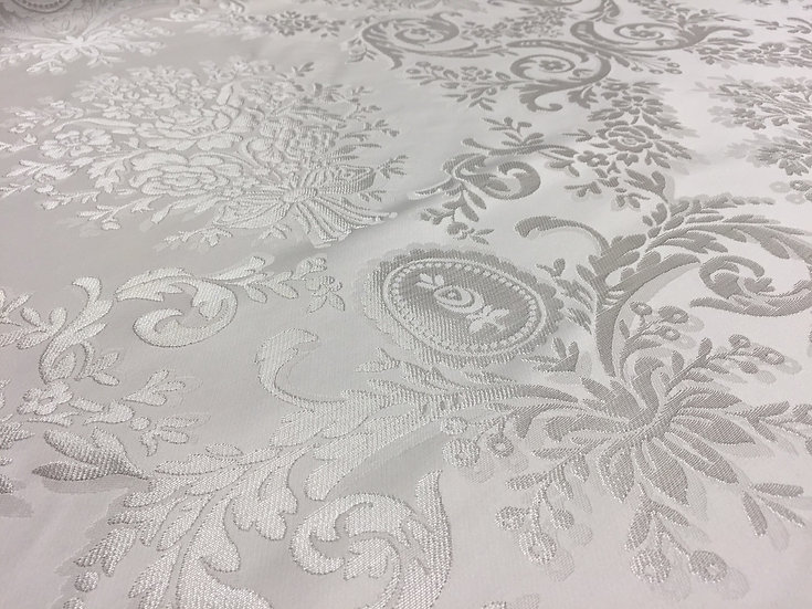 5,5m brocatel blanco plata