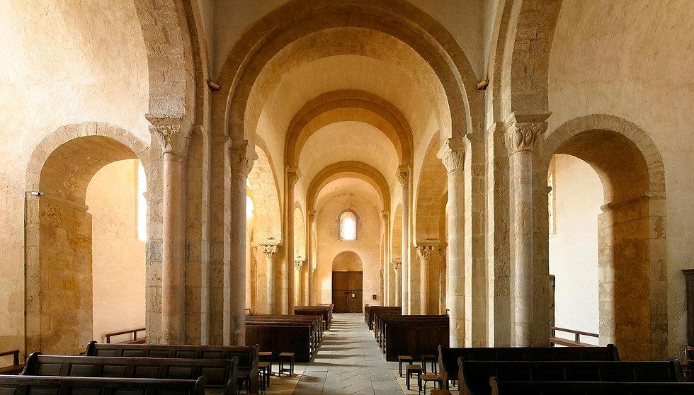 Eglise-Iguerande-interieurCOMP.jpg