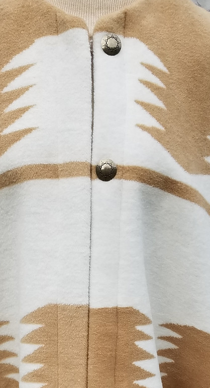 Awendela Poncho Close up Buttons - New B