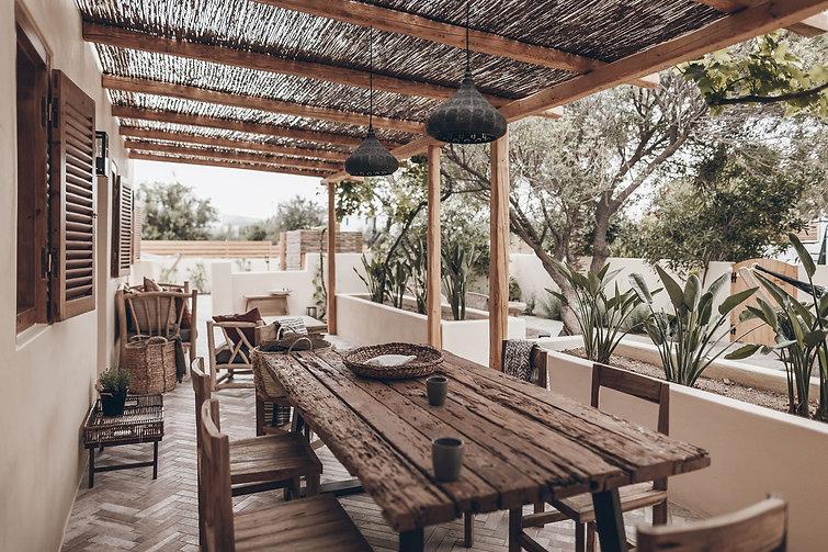 mikuta-naxos-flisvos-sportclub-farmhouse