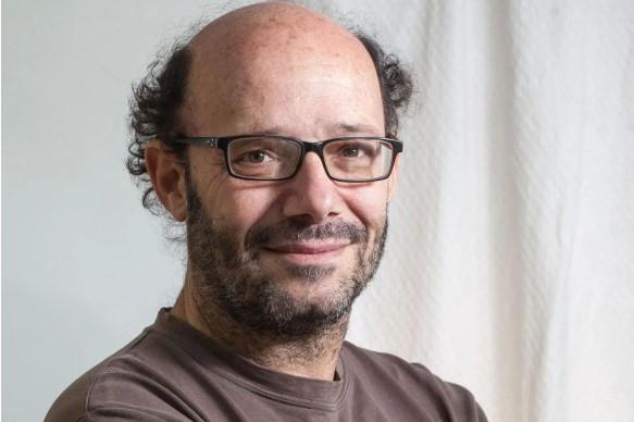 Ezequiel Fernandez Moores - Periodista Argentino