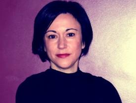 Febrero enciende la poesía sugerida por Mónica Opezzi.