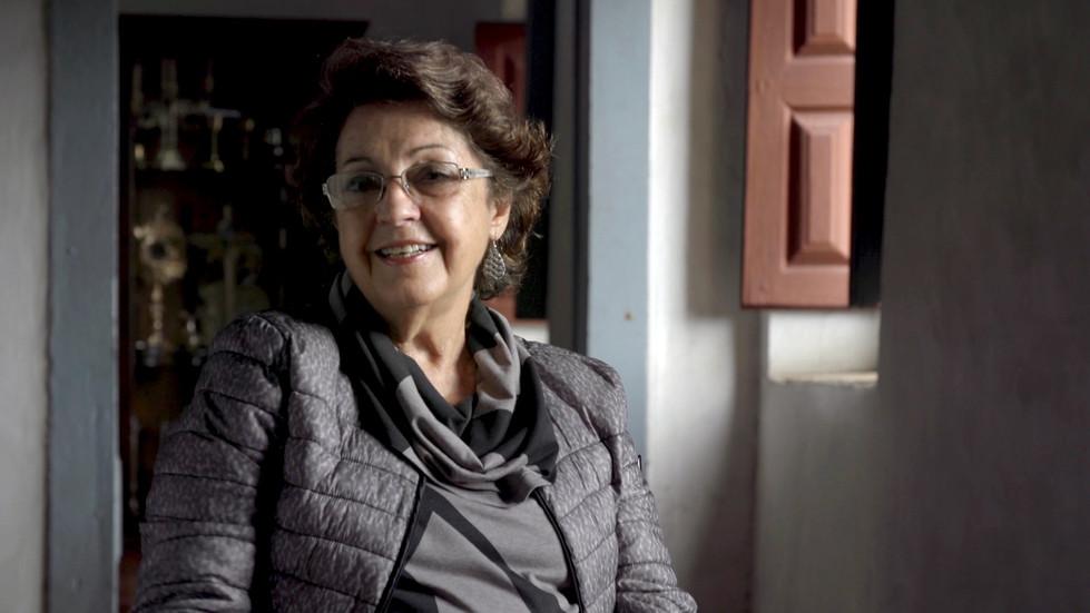 Personagem historiadora Miriam A. Ribeir