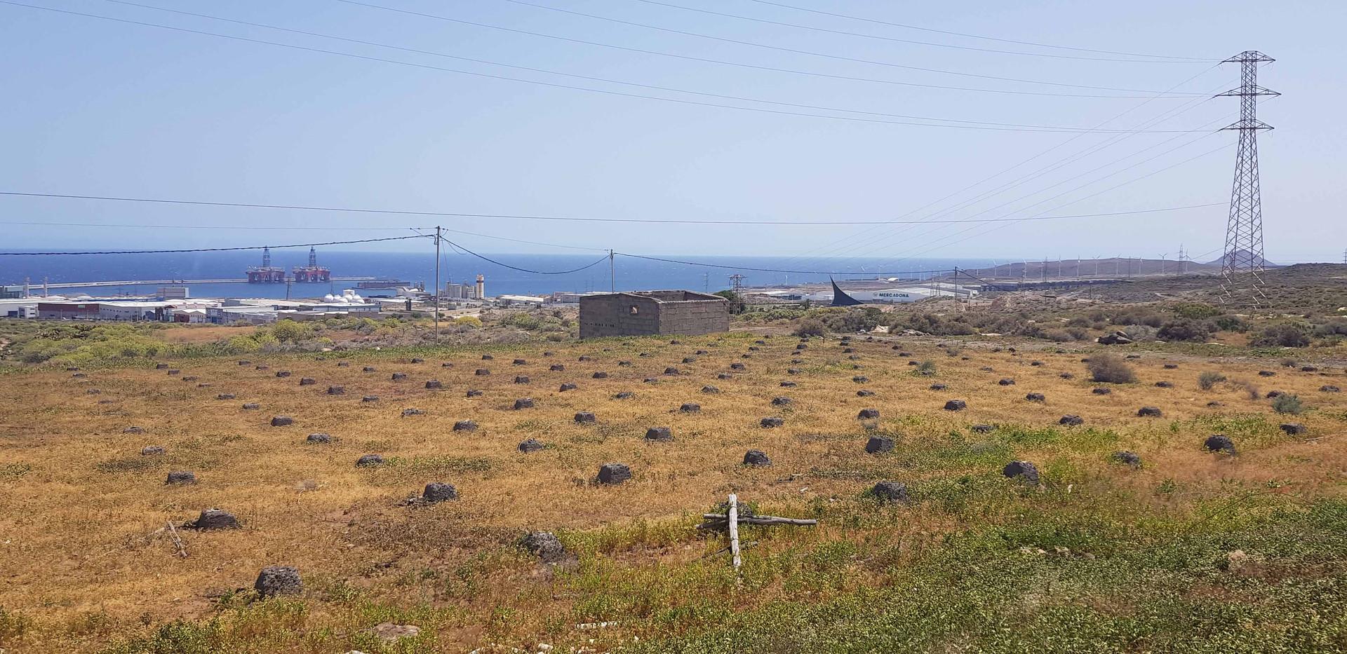 vista general poligono y puerto industri
