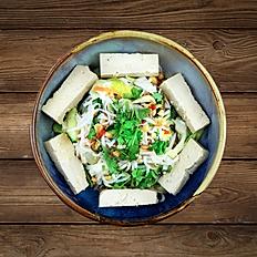 Reisnudelsalat mit Tofu