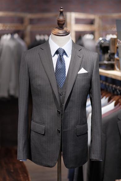 Business Formal Grey Stripes Suit.