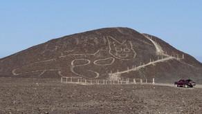 Peru'da çöle çizilmiş 2 bin yıllık dev kedi figürü keşfedildi