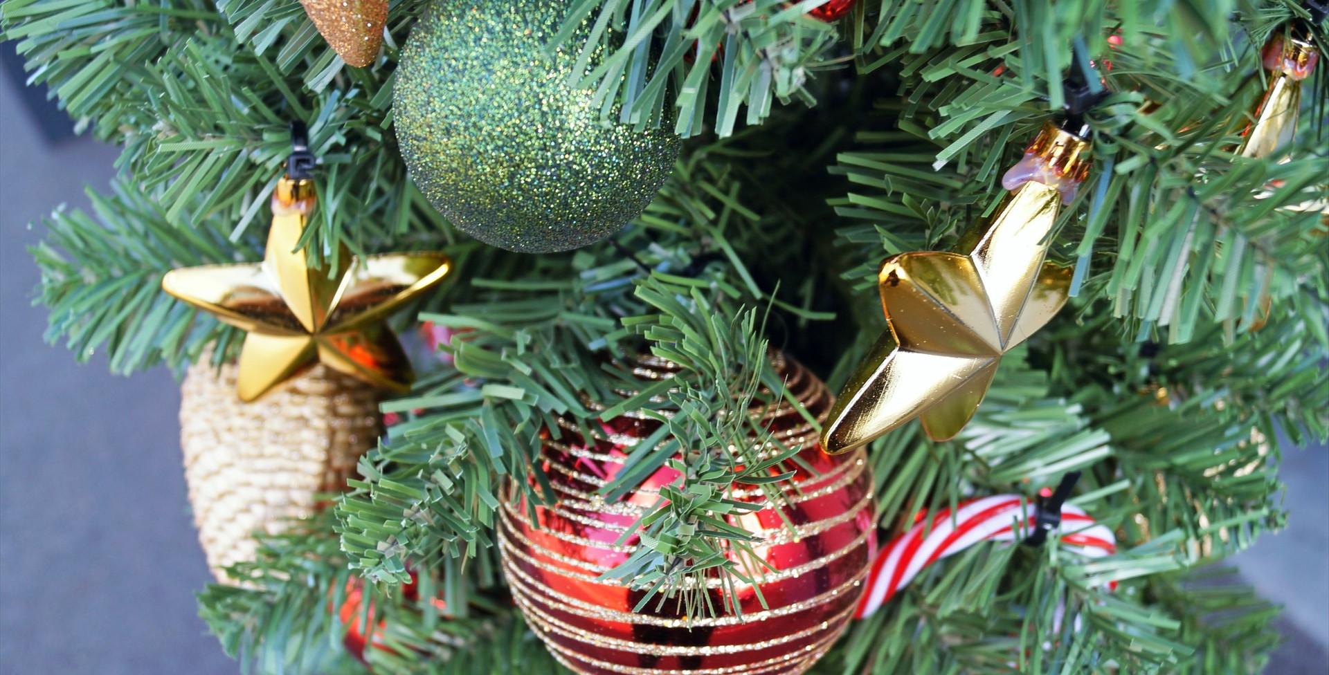 Kerstboog buiten detail 2 kerstboom