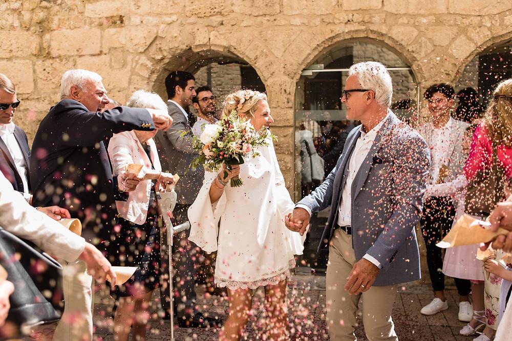 les moments d ou - sortie mairie gramont- photographe mariage montpellier camargue