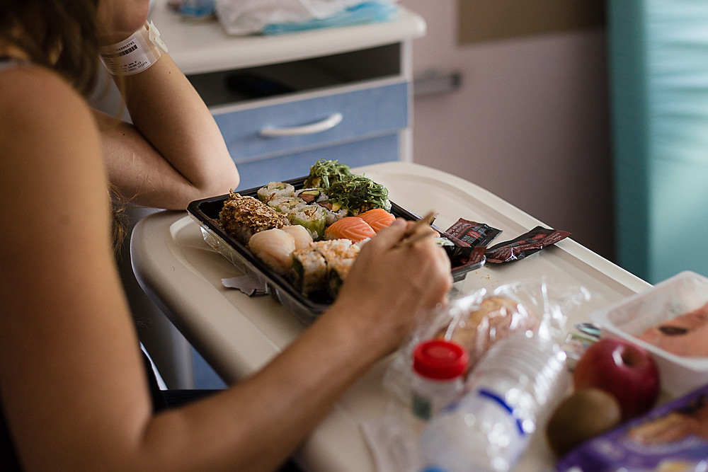 les moments d'où reportage naissance premier repas