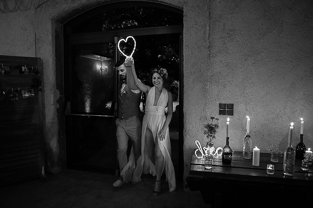 entree des maries au domaine fon de rey - les moments d'où photographie