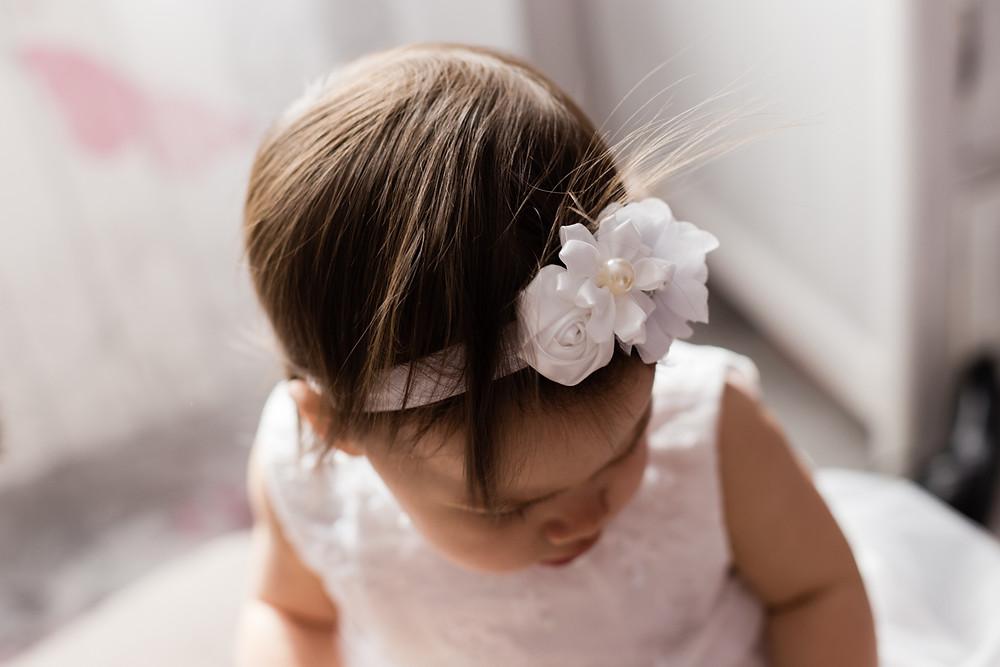 les moments d'ou - photographe bapteme Nimes detail tenue bebe