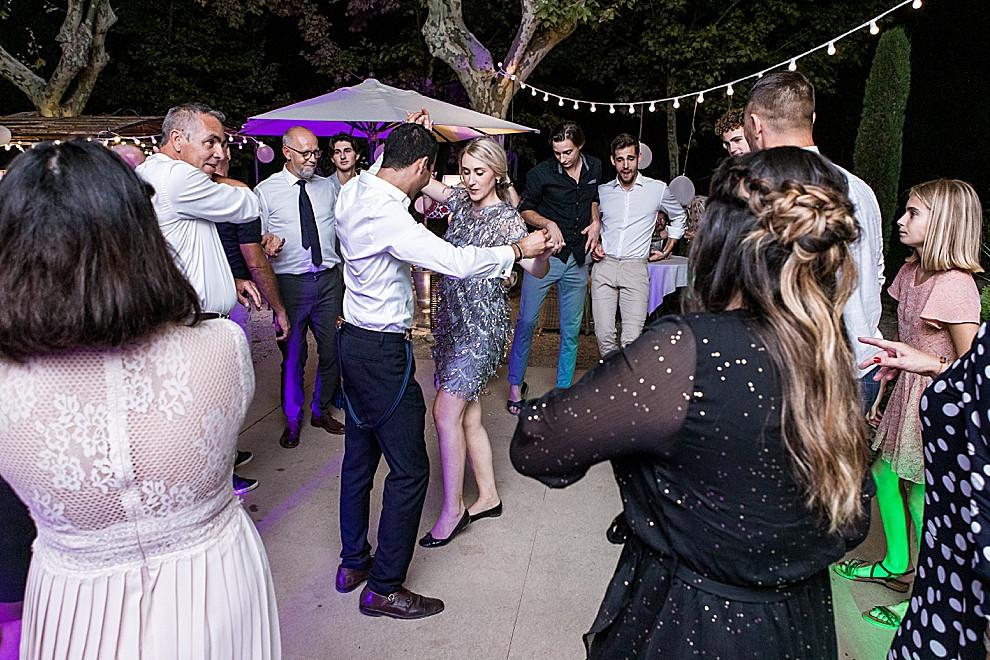 les-moments-d-ou-mariage-franco-marocain-mas-saint-florent-arles-soiree-dansante