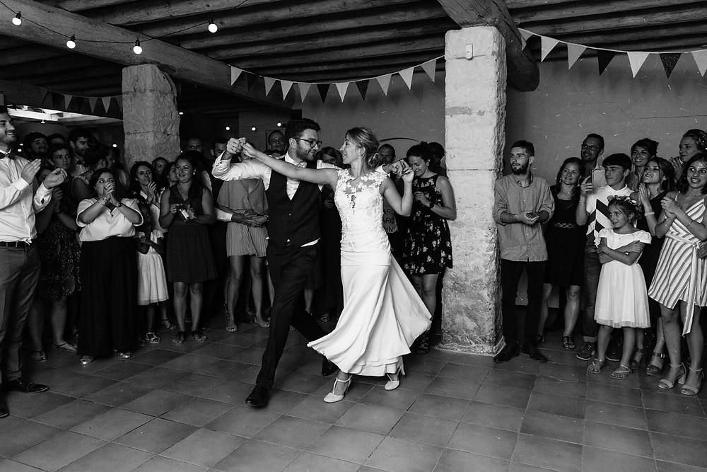 premiere danse mariage orthodoxe en arles mas des thyms - les moments d ou