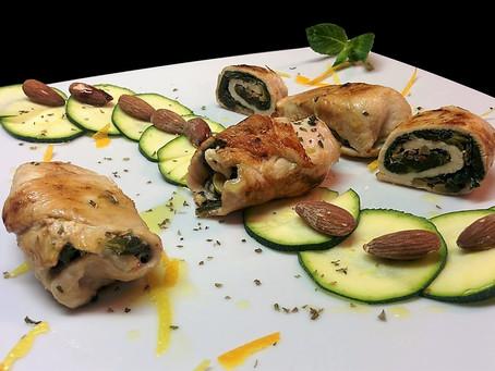 Involtini di pollo con erbette e mandorle salate