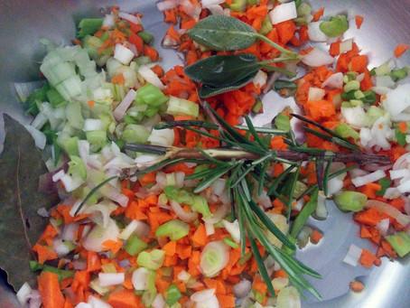 Zuppa di Cavolo nero e Lenticchie rosse allo Zafferano