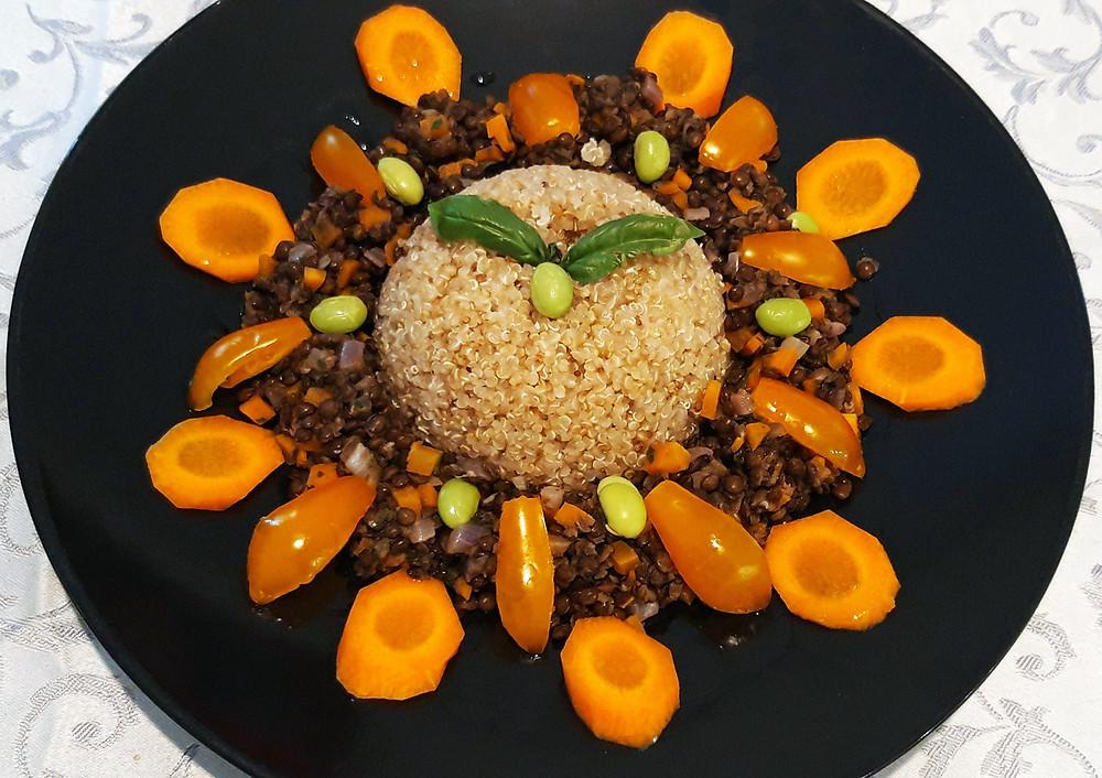 Insalata di Quinoa e Lenticchie Nere