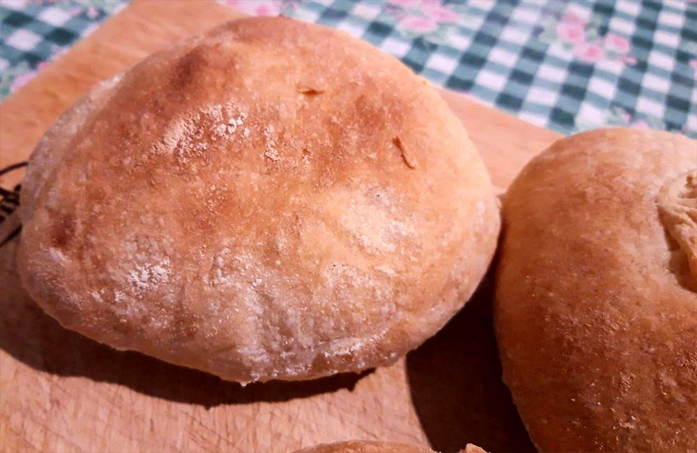 pane fatto in casa ricetta facile per pane croccante e profumato