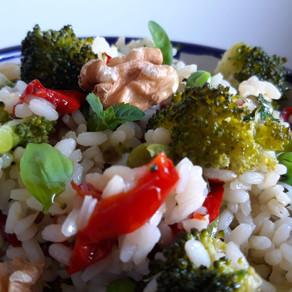 Riso freddo con Verdure, Noci, Menta e Basilico
