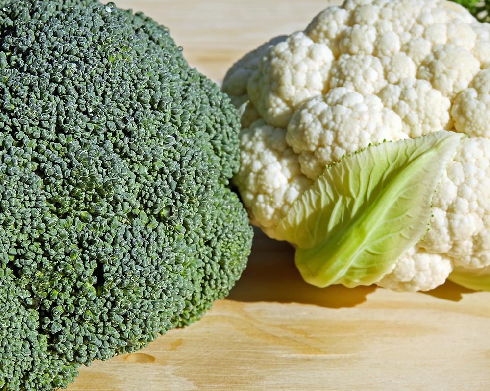 Broccoli e cavolfiore cibi bruciagrassi